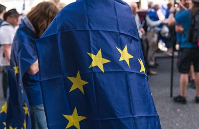 Commission Wants Member States to Impose Stricter Rules on Arrivals From Outside EU