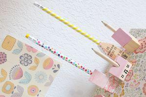Porte-crayons & maisons