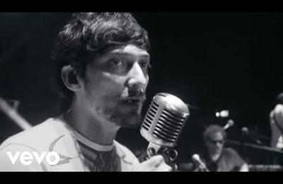 Zoé - Bésame mucho - version boléro-rock psychédélique