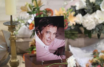 GUY BEDOS HOMMAGES à l'église SAINT-GERMAIN-DES-PRES à PARIS (04/06/2020)