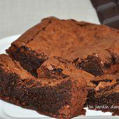 gâteau au chocolat - Un jardin dans ma cuisine