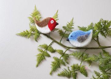 Atelier oiseaux feutrés : vive les zozios et les piou-piou !