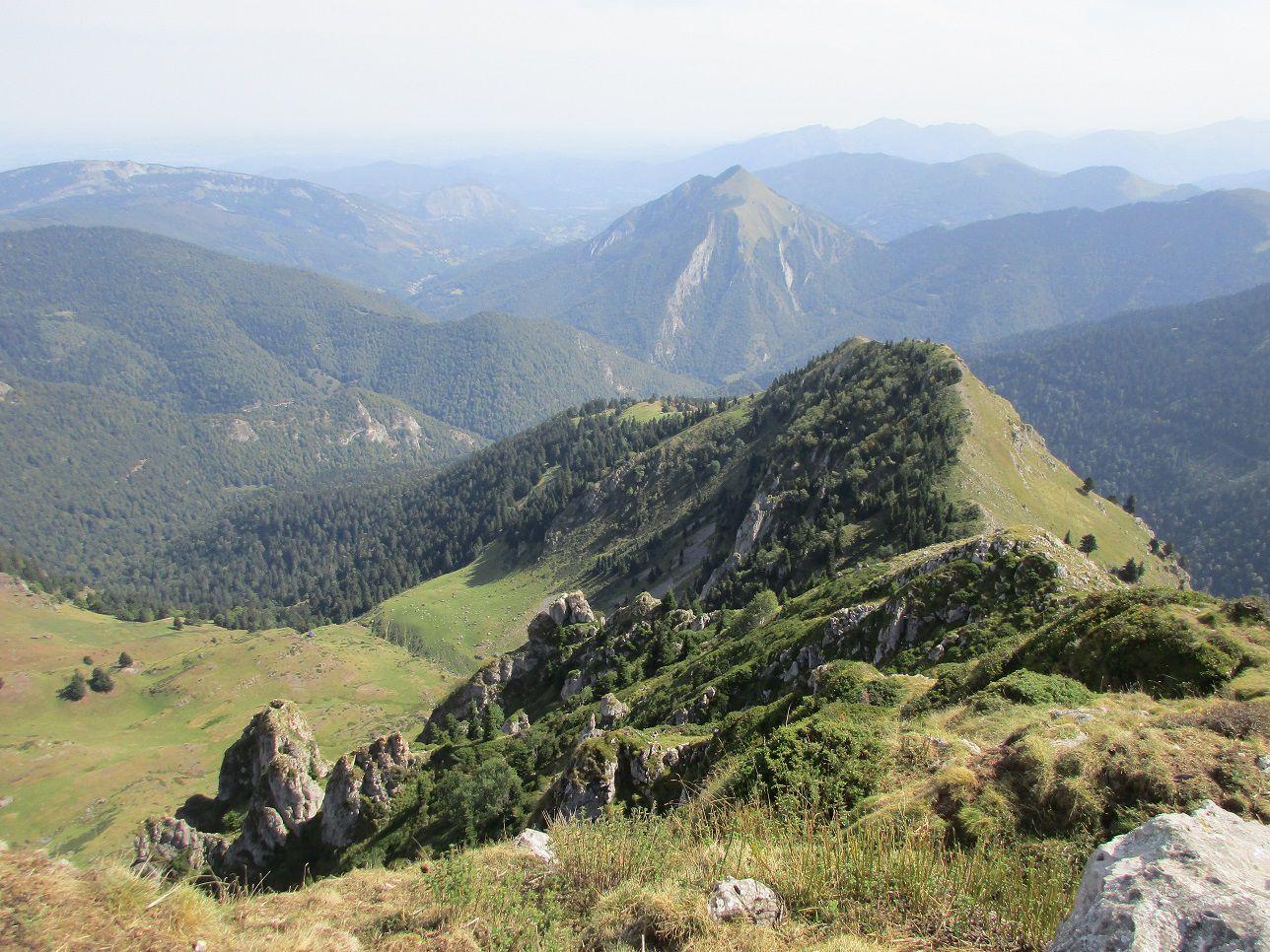 Album 006 - La Montagne d'Areng