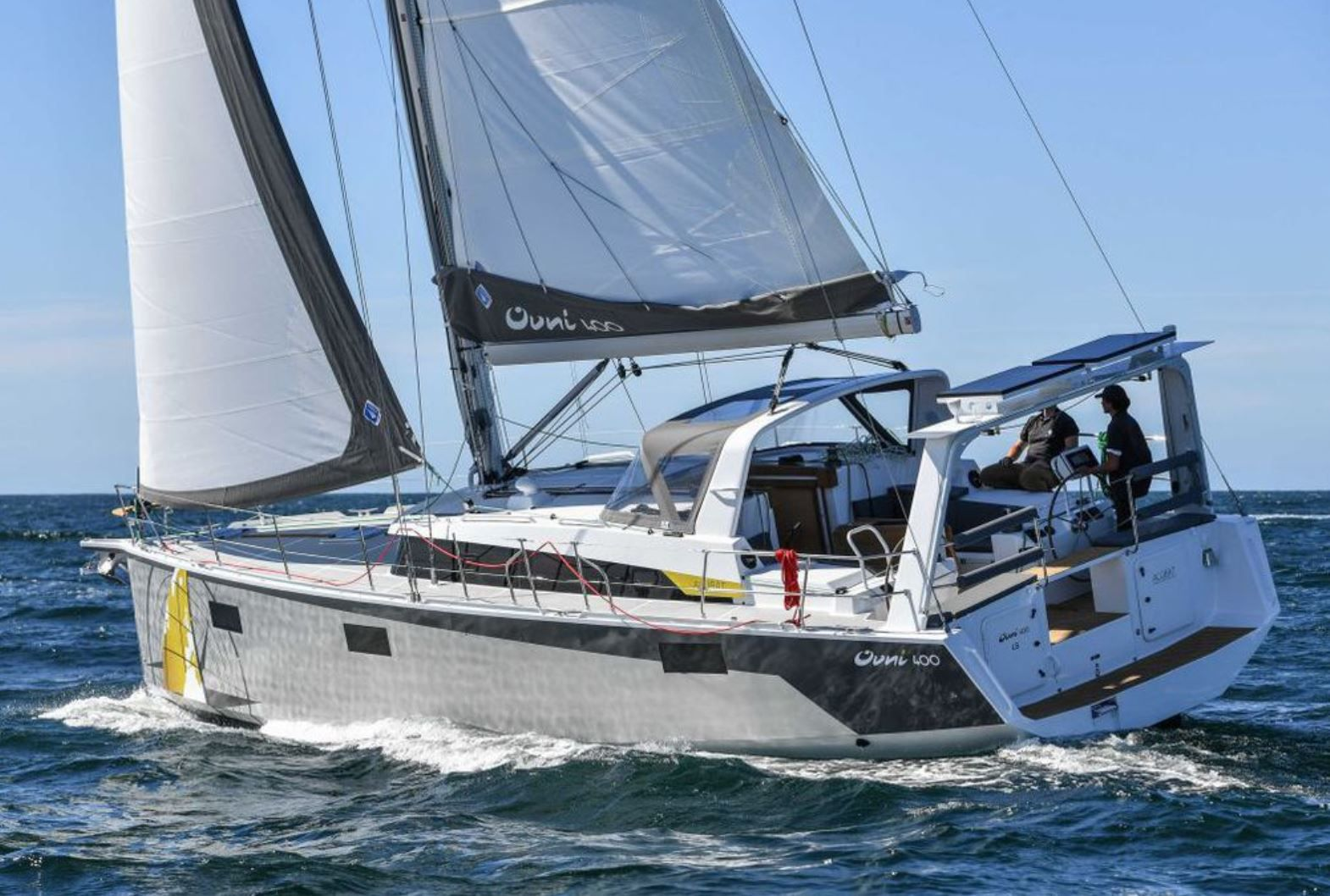 The Ovni 400, the new 40-foot bluewater yacht by Alubat