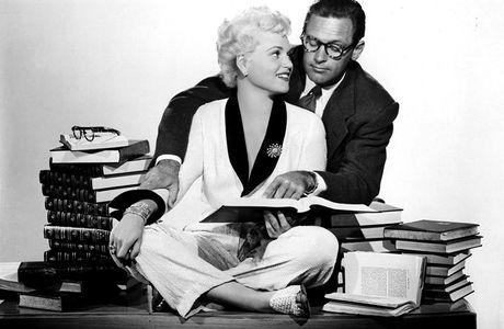 BORN YESTERDAY (Comment l'esprit vient aux femmes) - George Cukor (1950)