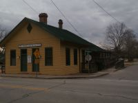 """En 1841, la gare """"Six Mile* Station""""étaitconstruite devenant ainsi le terminus de la ligne partant d'Athens appartenant à la compagnie """"Georgia Railroad"""". Comme pour beaucoup de villes, l'installation d'habitants tout autour donna naissance à...Winterville en 1866."""