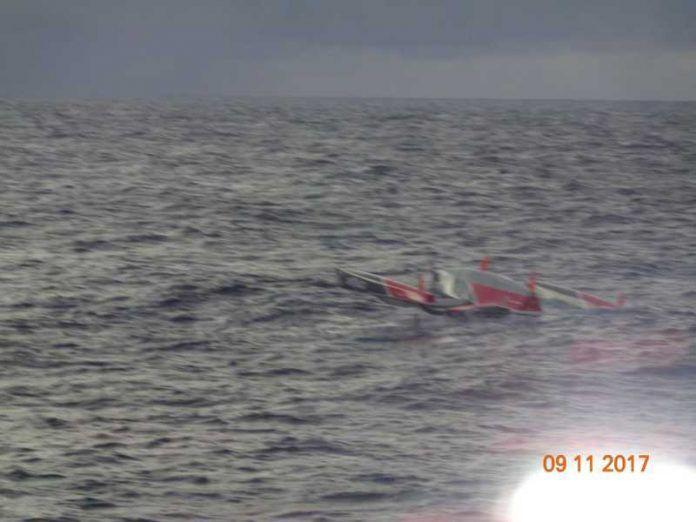 Transat Jacques Vabre - Les deux skippers du Multi50 Drekan Groupe secourus au large des Açores
