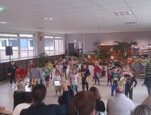 Centre Camus maternelle: la danse de fin de centre 10/08/2017