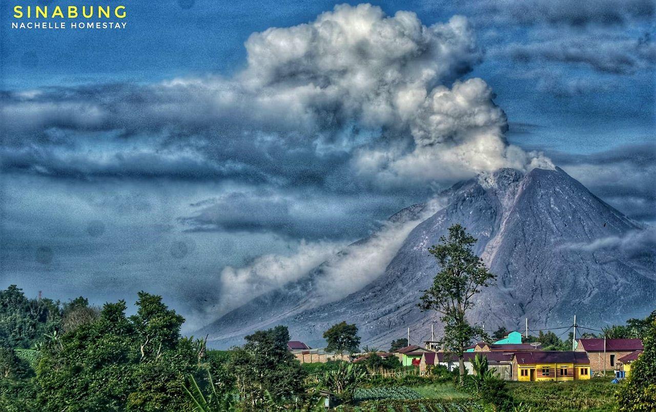 Sinabung - 11 Nov 2020 / 07:46 WIB - photo Nachelle Homestay