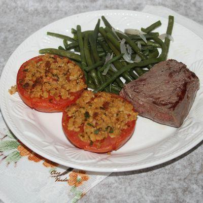 Tomates  à la Provencale et  l'idée menu des Commis