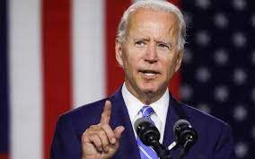 « Nous serons plus efficaces face à nos compétiteurs si nous menons les batailles des vingt ans à venir, pas celles des vingt années passées », a déclaré le président américain, en confirmant un retrait des troupes d'ici au 11 septembre ».