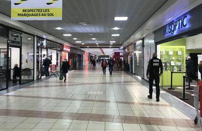 Sin-le-Noble : il menace des vendeuses et un agent de sécurité d'Auchan avec un couteau