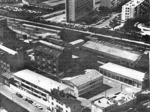 Les bâtiments occupés par le SFCA au n° 1 rue Edmond Bonté. Ces locaux furent plus tard squattés par le CAES