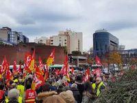 Quelques images du rassemblement de soutien aux ouvriers d'Air France à Bobigny (93)  face à la répression antisyndicale le 2 décembre 2015.