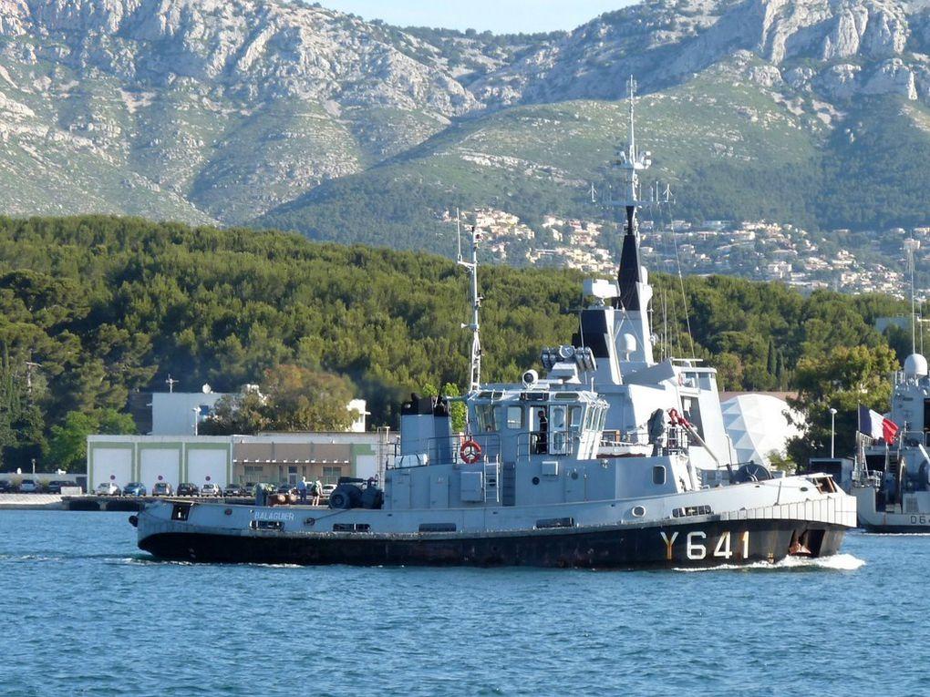 LARDIER  Y638 , Remorqueur Portuaire de 12T , RP12