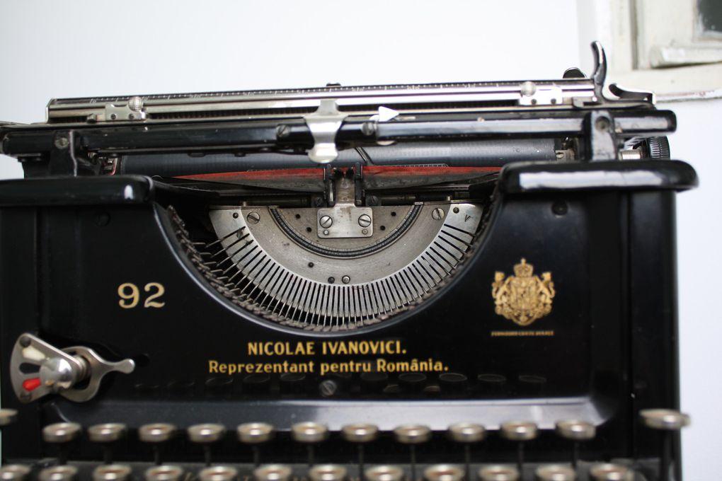Masina de scris a Marcelei Photos et documents: EmMa (©M. et Em. presse)