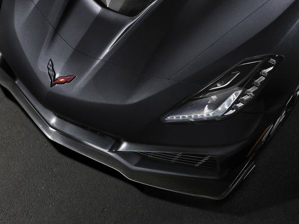 Corvette C7 ZR1 : attention, raie méchante
