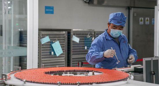 La Chine a fourni plus de 1100 millions de doses de vaccins à plus de 100 pays