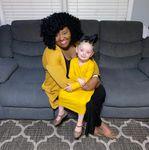 États-Unis : une enseignante qui s'en prenait au privilège blanc sur les réseaux sociaux arrêtée avec son mari pour le meurtre par maltraitance de leur fille adoptive blanche de 3 ans