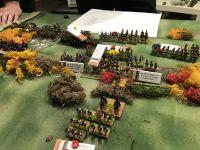 Une partie de la cavalerie anglaise se fraye un chemin dans la trouée afin d'enrayer les assaut de l'infanterie française. L'armée du nord a pris pied sur la colline anglaise mais à quel prix !