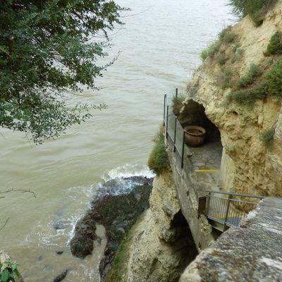 Les grottes de Matata à Meschers sur Gironde/1er partie.