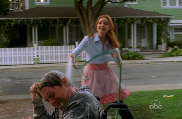 Desperate Housewives Chronicle : Episode 13. How About a Friendly Shrink ?