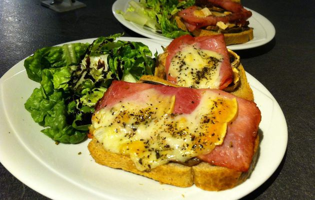 Tartine campagnarde jambon fromage tomate séchée champignon