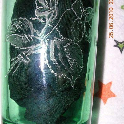 Gravures sur verre teinté