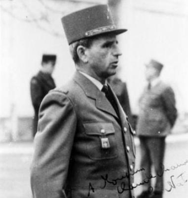 le colonel ODDO chef de corps du 4eRH.
