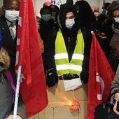 Les agents d'entretien du CHU de Nantes en grève : « On n'a plus de désinfectant »