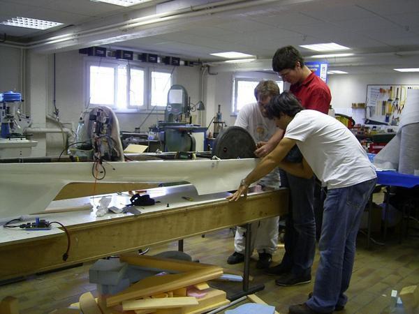 Photos de la fabrication de notre dernier prototype.- Retour au sommaire -