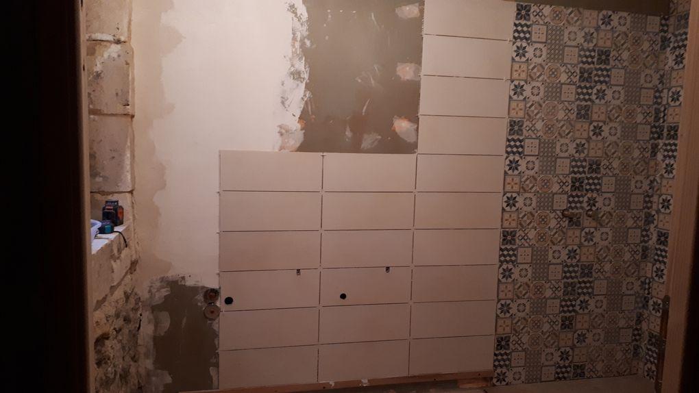Atelier SDB : carrelage mural (suite)