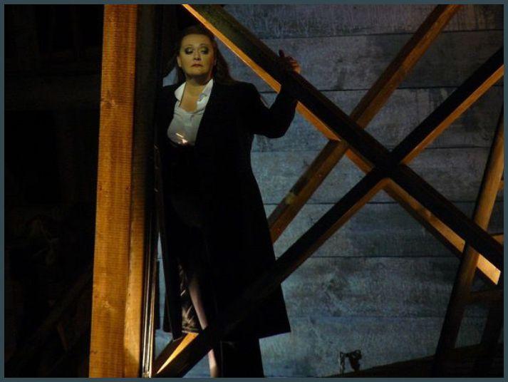 Catherine Foster (Brunnhilde)