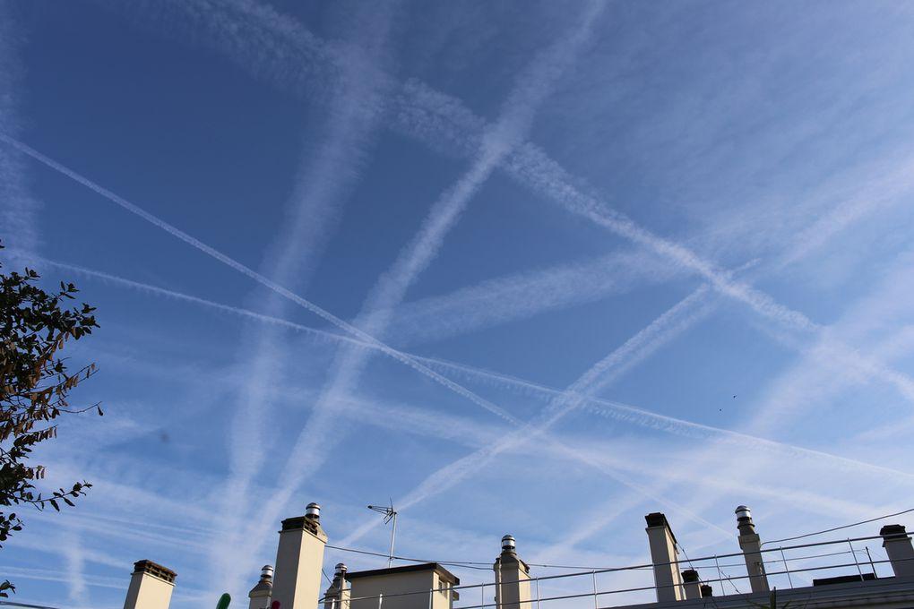 Paris - jeudi 16 août 2018 - déploiement massif d'épandages chimiques aériens clandestins et toxiques