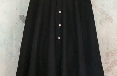 capes homme laine noire modèle hirondelle