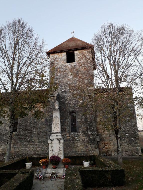 - Les Pins : l'église Saint-Pierre -