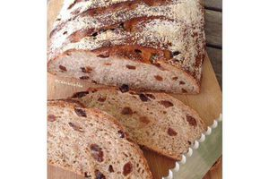 Pain complet raisin au levain