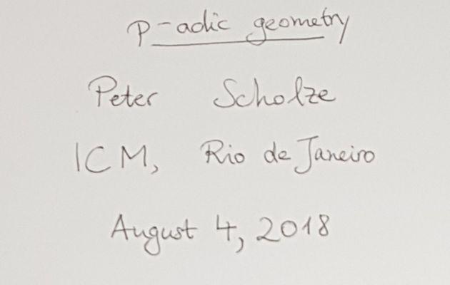 La conférence de médaillé de Peter Scholze