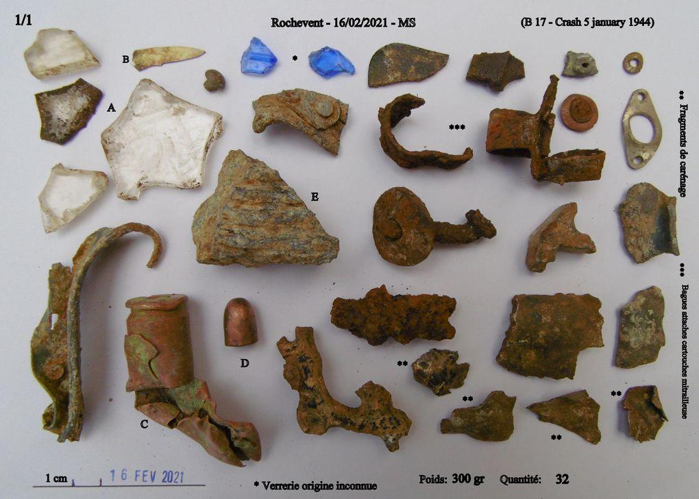 Les fragments / éléments découverts... Tri, rejet, nettoyage etc......  A noter que depuis des dizaines de mois de recherches je n'ai jamais pu savoir l'origine des fragments de verre bleu, pourtant certainement en lien avec les effets du capitaine Cole tué dans ce crash.