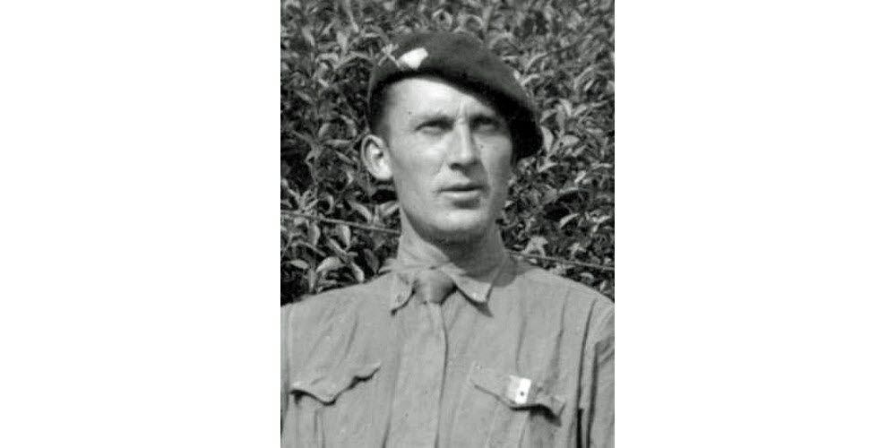 Henri Malin, Compagnon de la Libération. Photo DR1 /3 - Le général de Gaulle, chef des Français libres.  Photo DR2 /3 - La 2 e DB du général Leclerc.  Photo DR3 /3