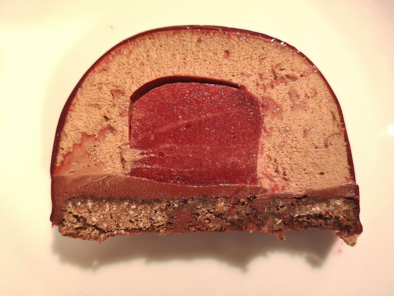 Bûche chocolat framboises
