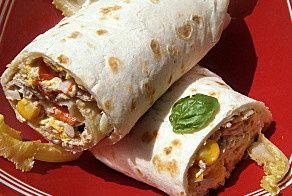 wraps thon/surimi/oeufs/concombre et feta