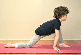 Formation de professeur de yoga pour enfants