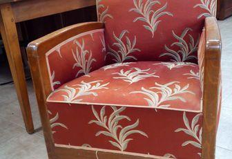 réfection complète d'un fauteuil provenant de l'espace brocante Arabesque Thiers