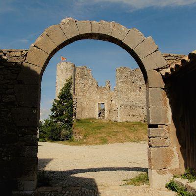 """Bargéme ,le Château Sabran de Ponteves .  """" Balades d'ici et d'ailleurs  """""""