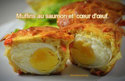 Muffins au saumon et cœur d'œuf
