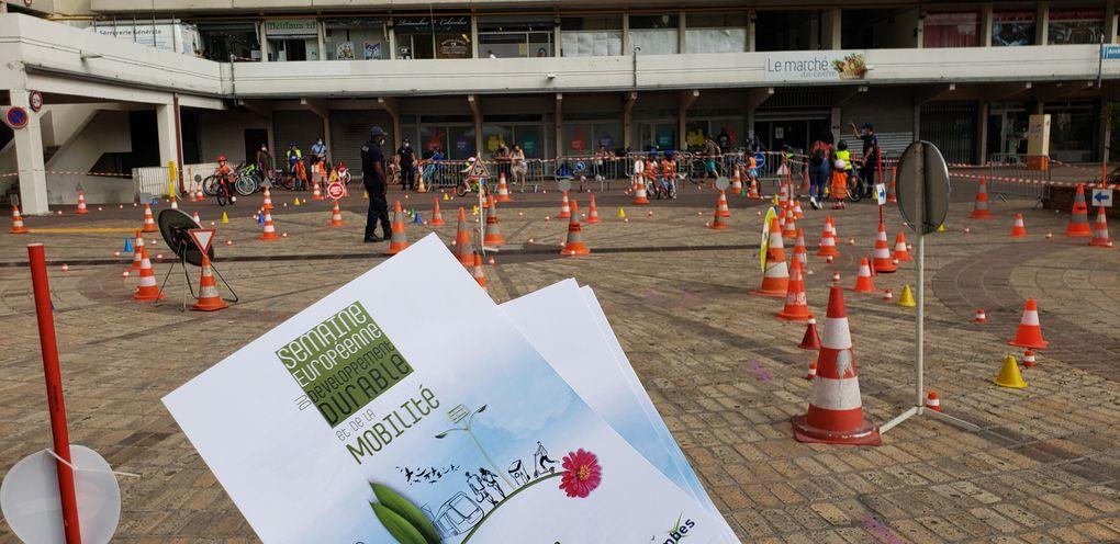 FETE DU VELO A COLOMBES : une belle réussite de la Municipalité avec la présence des élus du Plan Vélo prochain rendez vous le 26 septembre