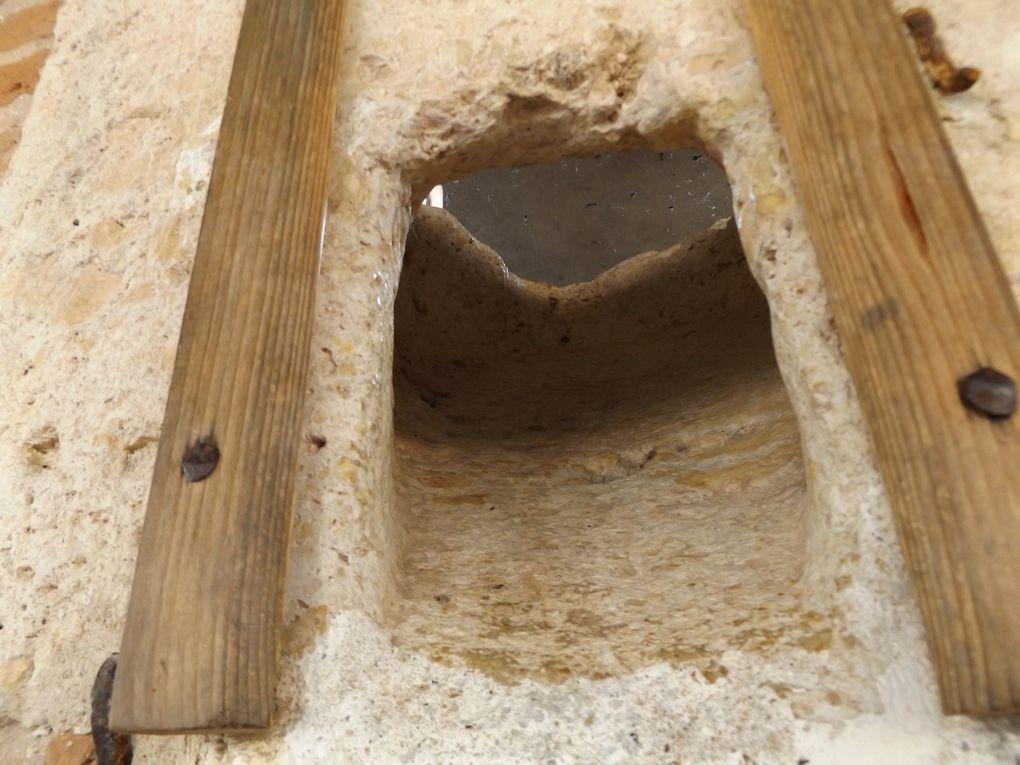 Les mesures à grain médiévale et celle de l'époque napoléonienne