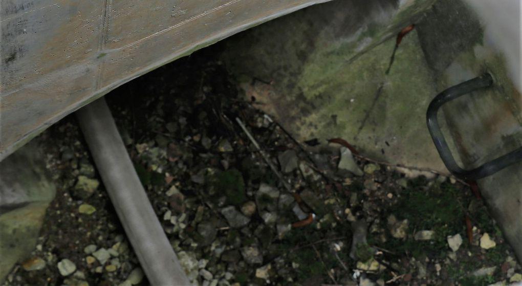 Über ein Regenablaufrohr wurde vom Main ein Schlauch unter Bahn und B 27 hindurch zum Radweg entlang der B 27 geführt und von dort ging die Schlauchverbindung weiter, bis es dann den Weinbergsweg hochging.