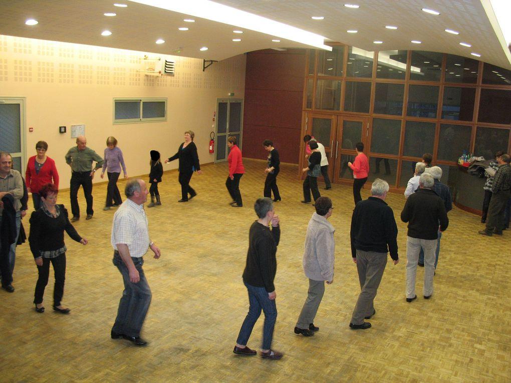 Dernière répétition de la saison pour les personnes extérieures au groupe folklorique.